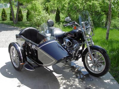 TM-401 regular frame & rear trunk - H-D Dyna Super Glide 2005 of  John
