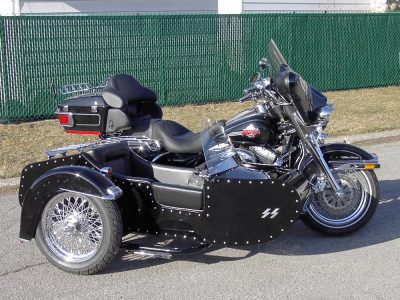 TM-501 with rivets & low profile frame - H-D FLHTCU Ultra Classic 2006