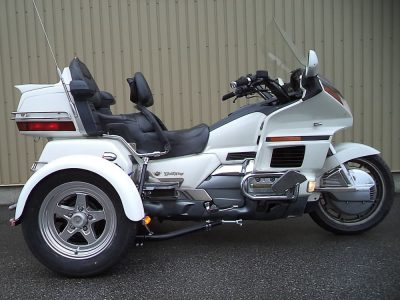 Honda Goldwing + Triax TM-342-M