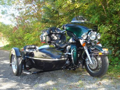 Harley-Davidson FLHTC + Side-car TM-301